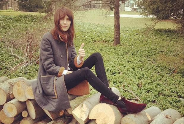 As versões pretas das leggings são práticas e podem ser combinadas com sapatos variados (Foto: Reprodução/Instagram)